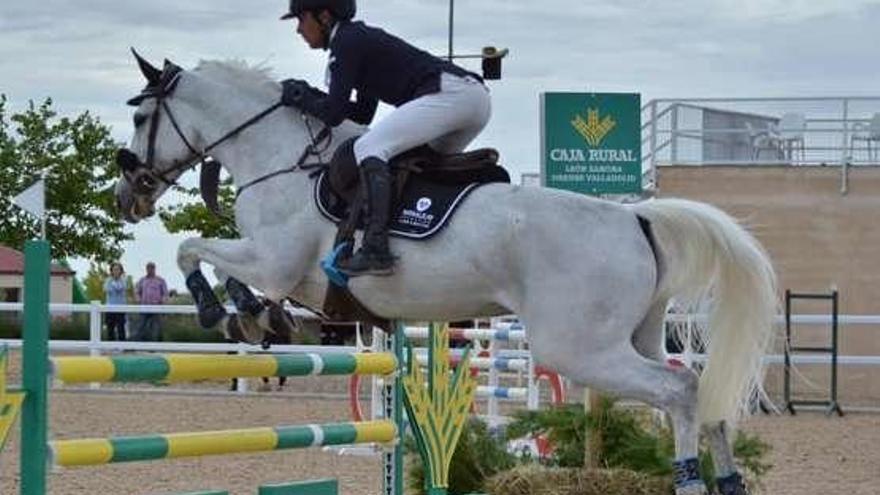 Equus Duri retoma la competición a finales de mes con el CSN de Caballos Jóvenes