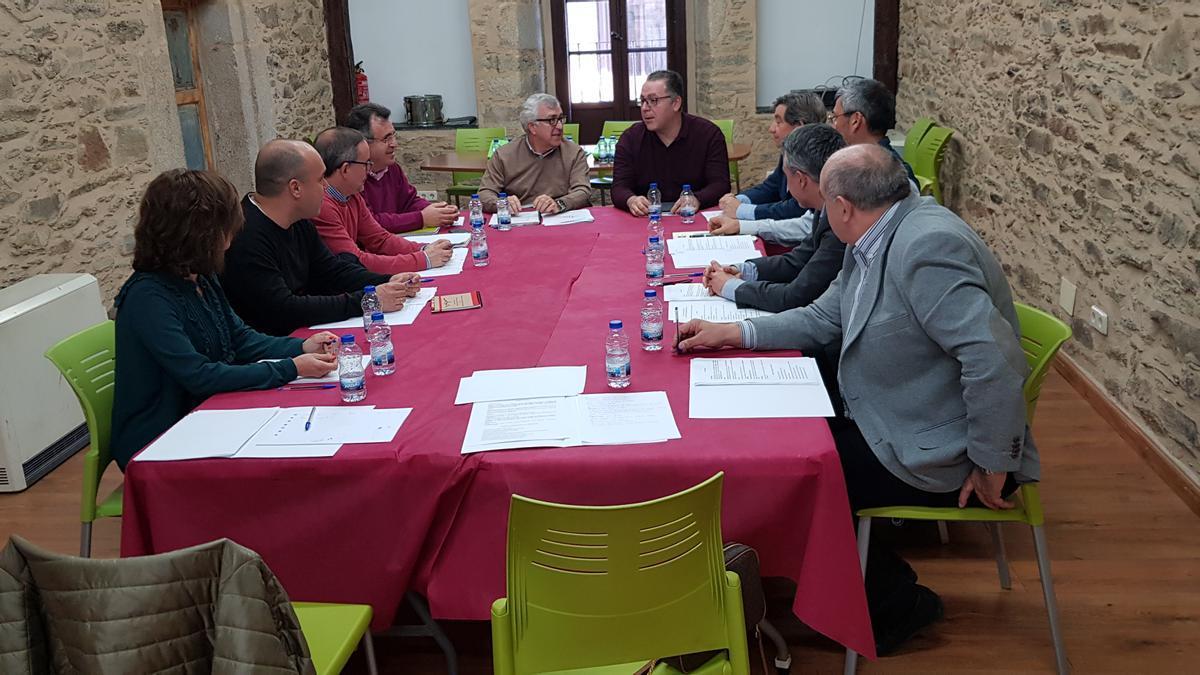 Participantes en la reunión de los cursos de la UNED en Puebla