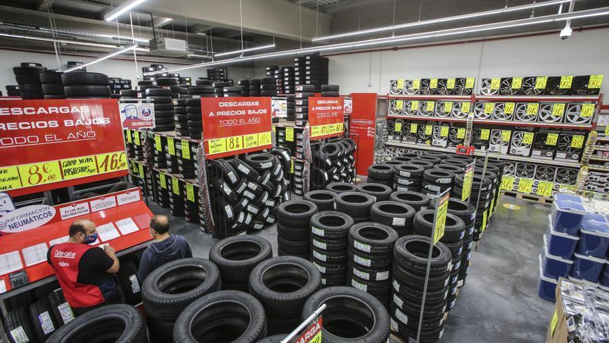 Todos los neumáticos y piezas para tu coche a precios low cost en Carter-Cash