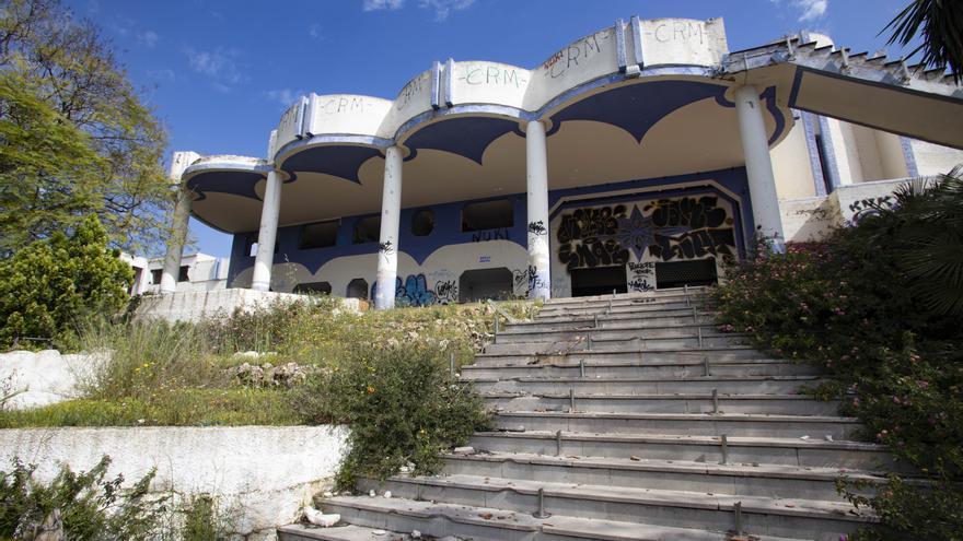 Chivago River, de discoteca de éxito a la ruina absoluta