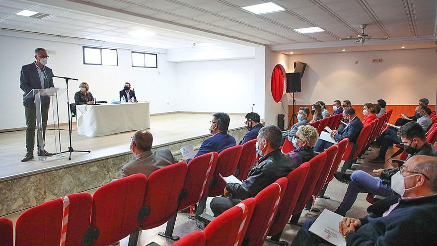 La factura del trasvase en San Miguel de Salinas: 480 euros en una comida con cargos socialistas
