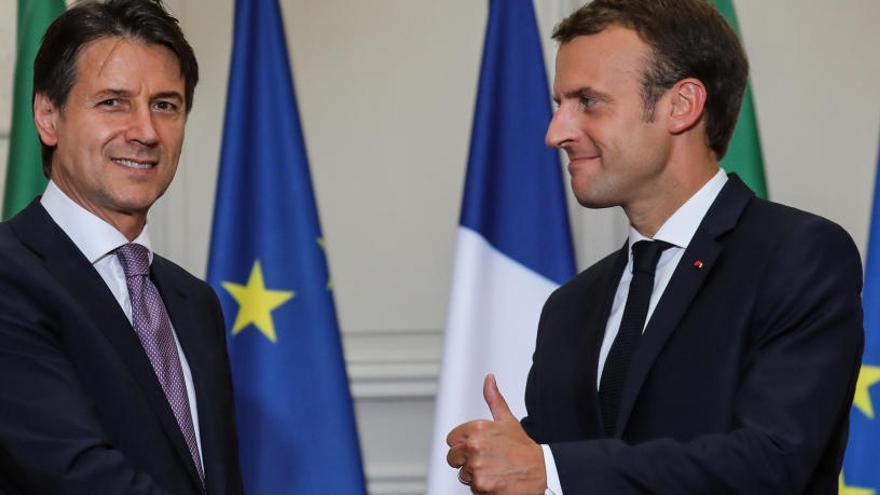 Macron rechaza un eje para endurecer la inmigración