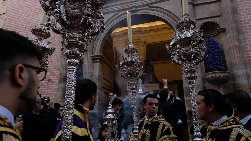 Málaga se rinde al Coronado de Espinas | Vía Crucis de Estudiantes