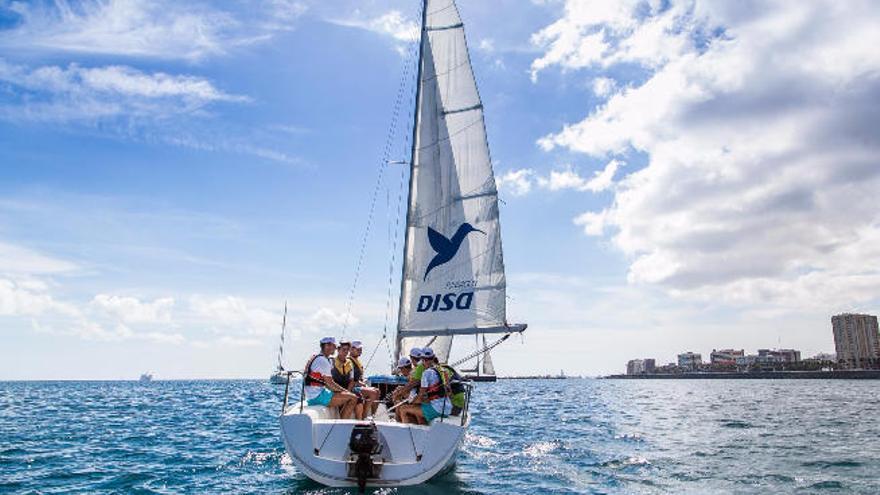 Fundación DISA y la Federación arrancan otra edición de 'Un Mar para todos'