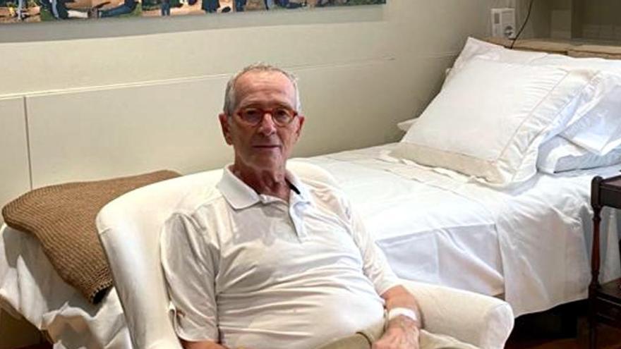 Xavier Trias torna a casa després d'estar hospitalitzat per coronavirus i comença l'aïllament domiciliari