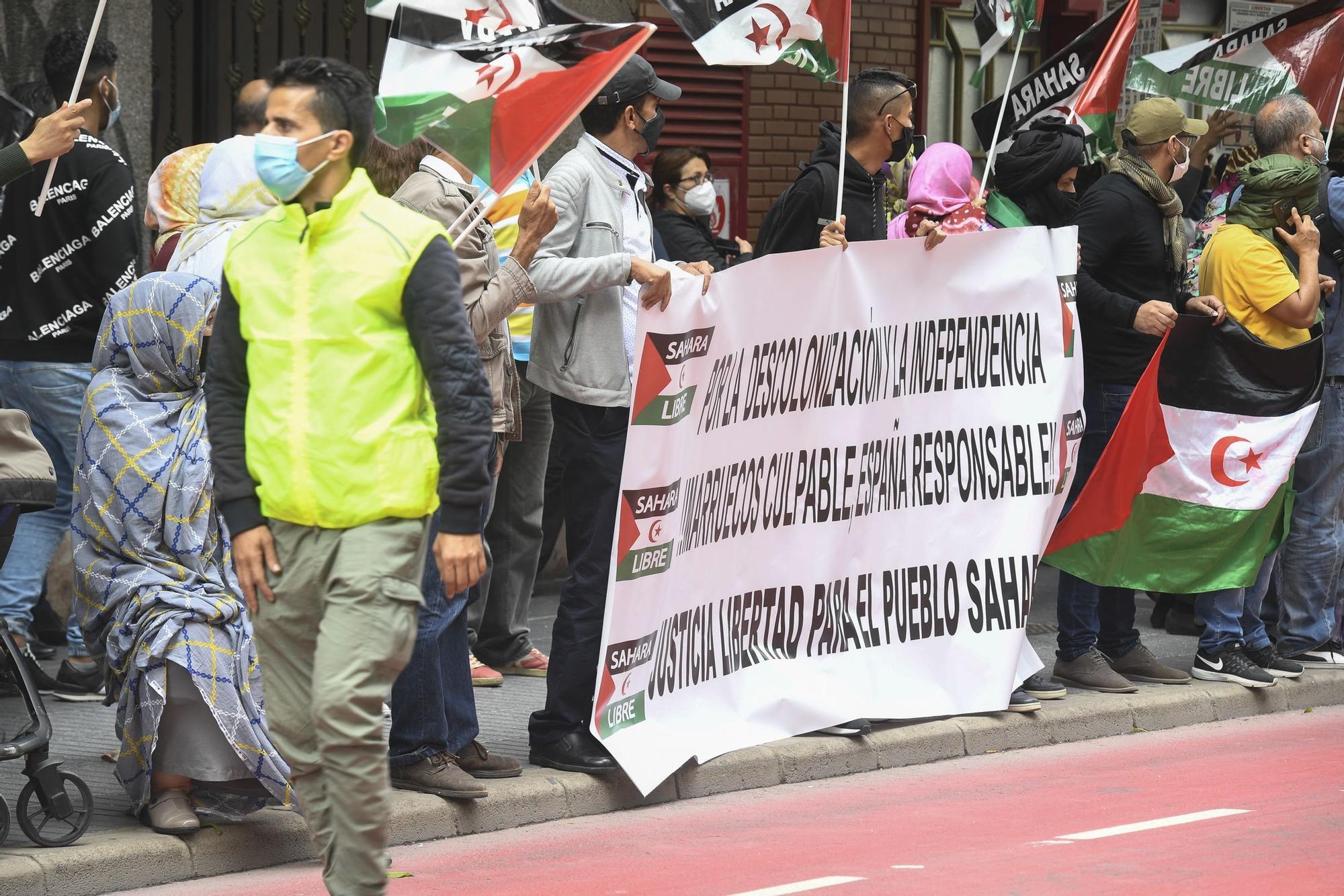 Manifestación de saharauis frente al Consulado de Marruecos