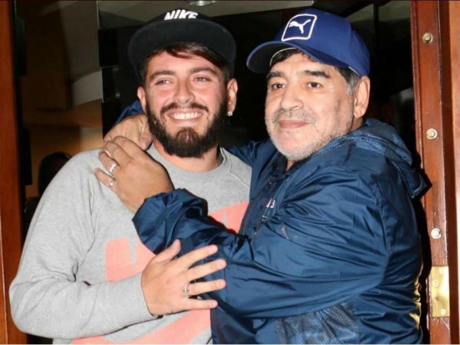 Muere a los 60 años Diego Armando Maradona