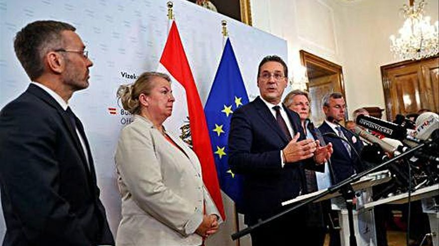 Àustria convoca eleccions per un cas de corrupció del vicecanceller