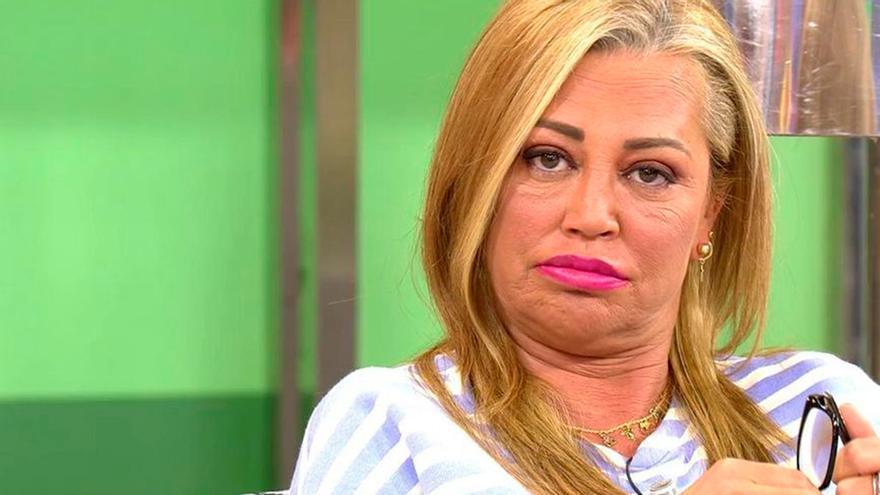 Cazan a Belén Esteban opinando sobre Ana Rosa: la culpa la tuvo un micrófono abierto