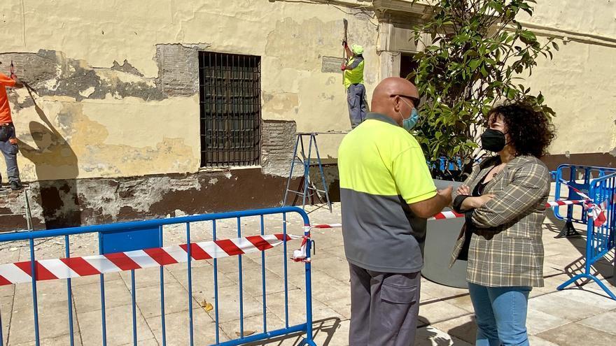 Vélez obtiene el permiso para reparar el muro de Las Carmelitas