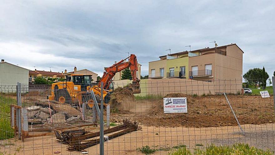 S'inicia la construcció de setze habitatges sèniors de protecció oficial a Llagostera