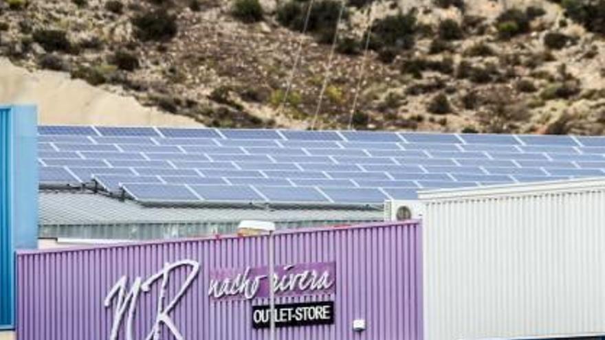 El Consell impulsa las energías renovables con préstamos y desgravaciones al autoconsumo
