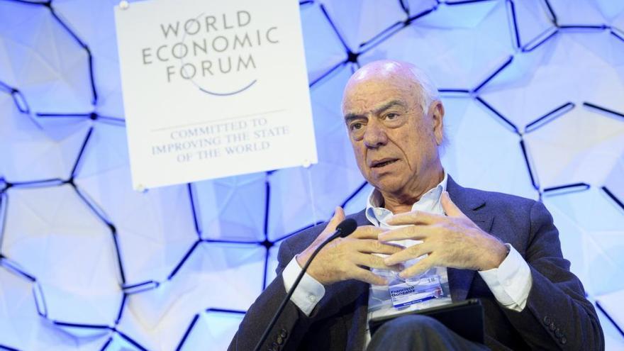 El president del BBVA creu que aviat «no hi haurà lloc per a 20.000 entitats»