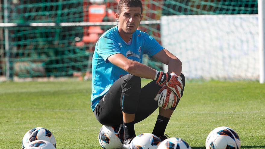 Javi Varas, que jugó en el Celta, anuncia su retirada