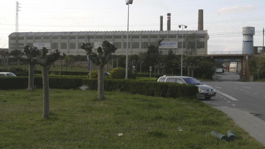 Saint-Gobain asegura que la fábrica de Avilés volverá a la normalidad una vez finalice el Estado de Alerta