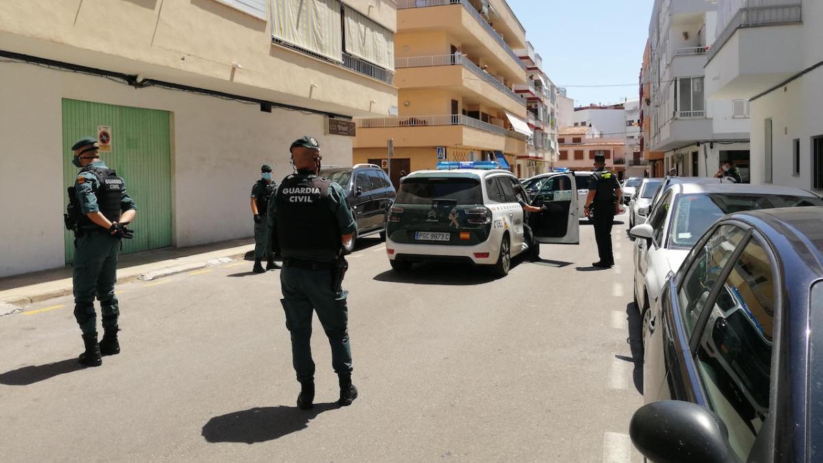 La Guardia Civil desmantela un punto de venta de droga en el Port de Pollença