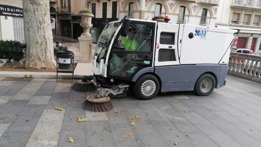 Agnès Lladó: «Estem treballant per desencallar el problema endèmic del servei de neteja»