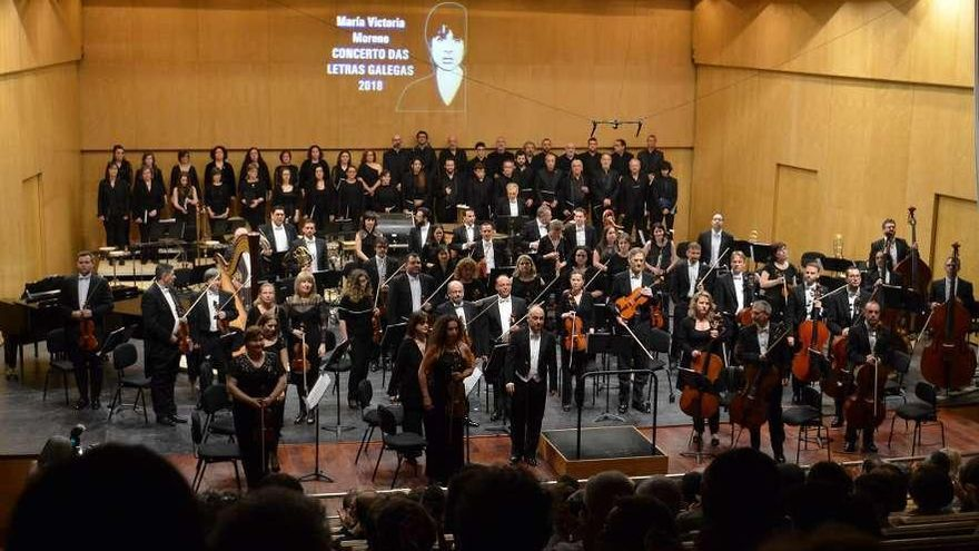 "Recitais e música pola ""activista"" do galego"