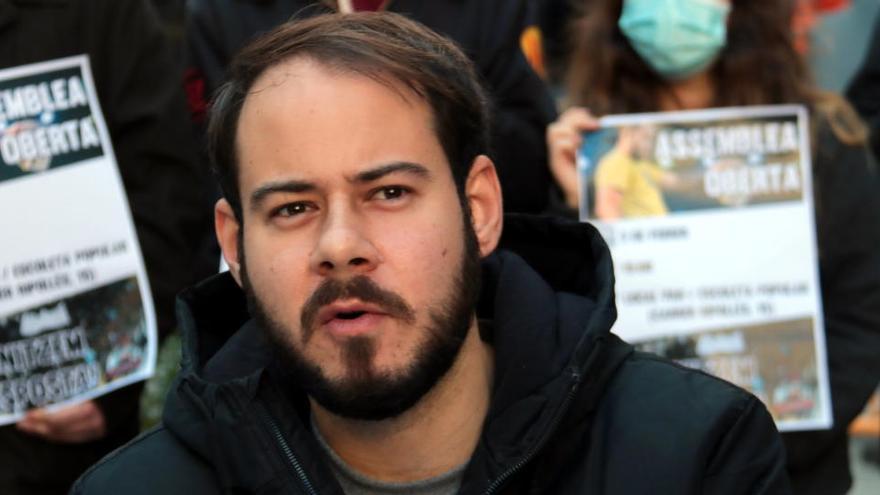 Serrat, Almodóvar i Bardem, entre els més de 200 noms que clamen contra l'empresonament de Pablo Hasel