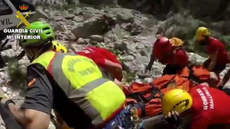 Rescatan a un hombre de 60 años herido en el Torrent de Pareis