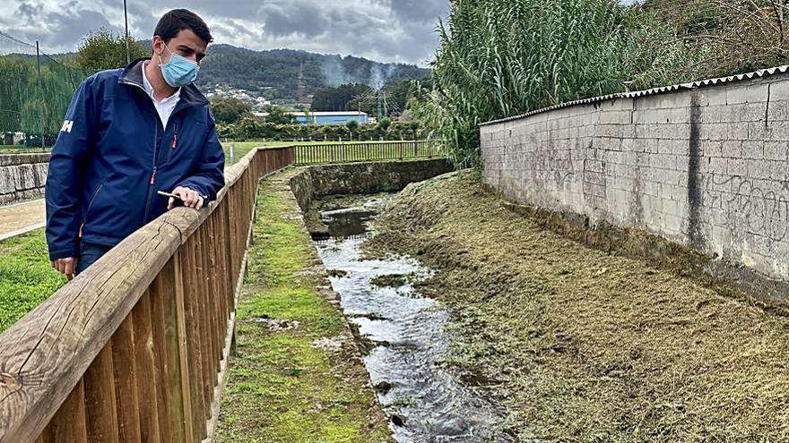 El Concello de Marín inicia la limpieza del lecho de los ríos ante la llegada de las lluvias