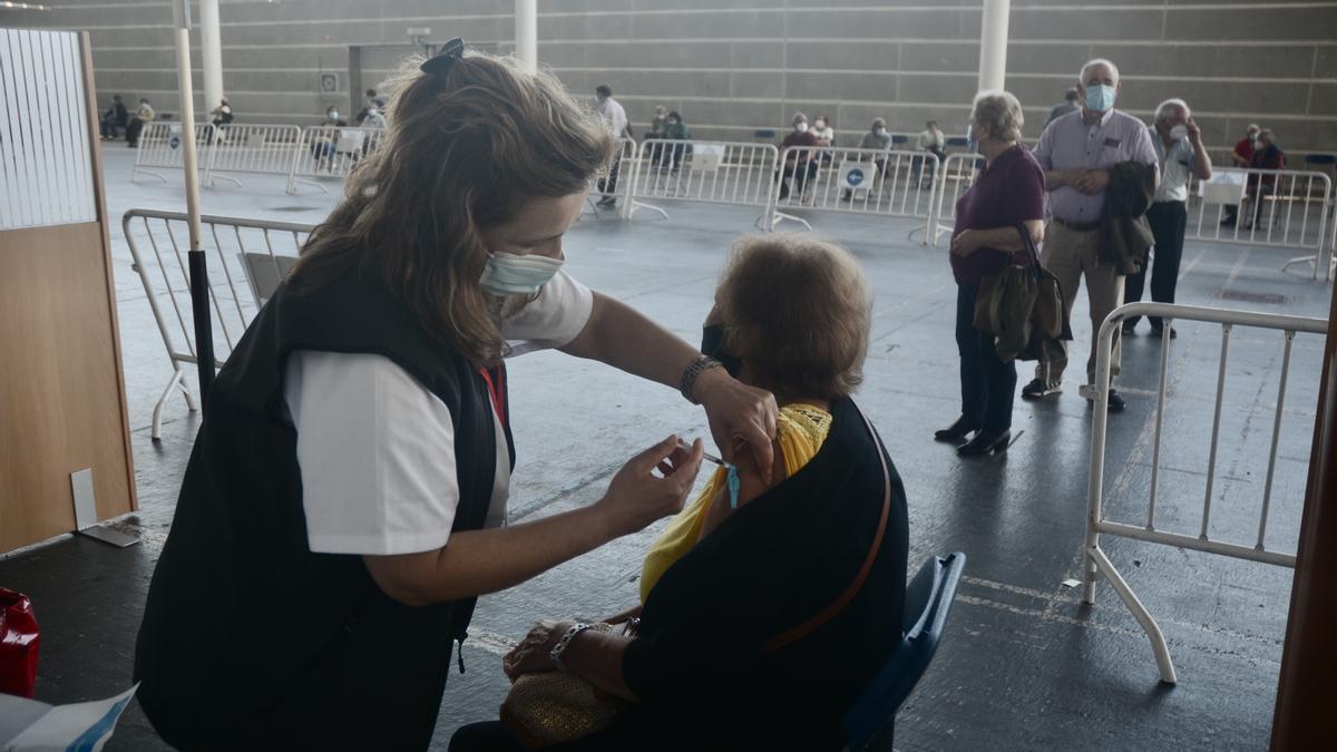 Vacunación en el Recinto Ferial