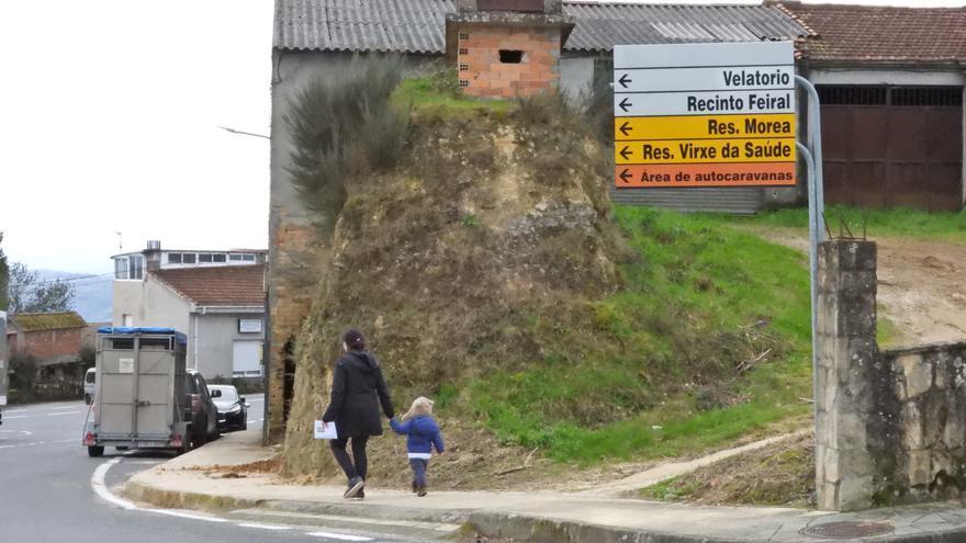 Cuando el cálculo por 100.000 habitantes prolonga el cierre en concellos rurales