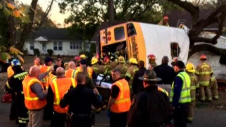 Cinco niños muertos en un accidente de autobús en EEUU