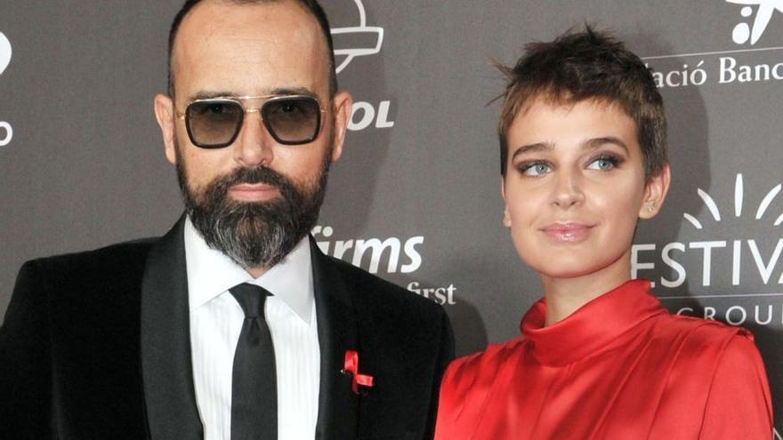 Risto Mejide y Laura Escanes, víctimas de una estafa online