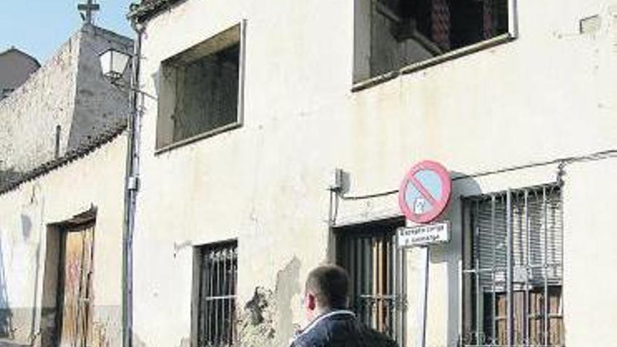 Vivienda abandonada en la Cuesta del Pizarro de la capital.