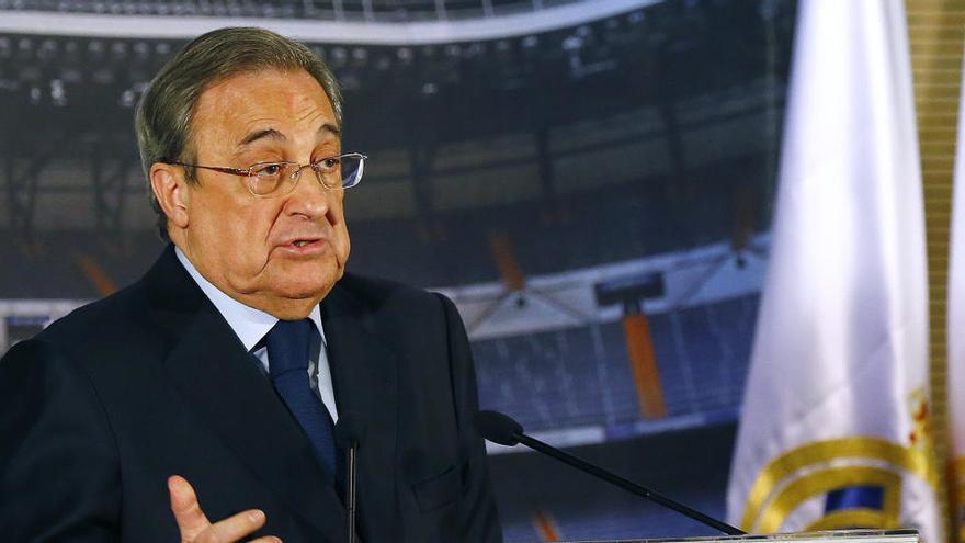 Florentino Pérez anuncia una compensación a los socios y partidos en el Di Stéfano