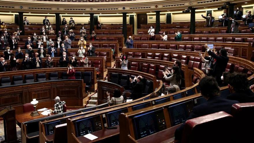 El Congrés aprova definitivament la Llei de l'eutanàsia amb els vots de la majoria de la investidura i Cs