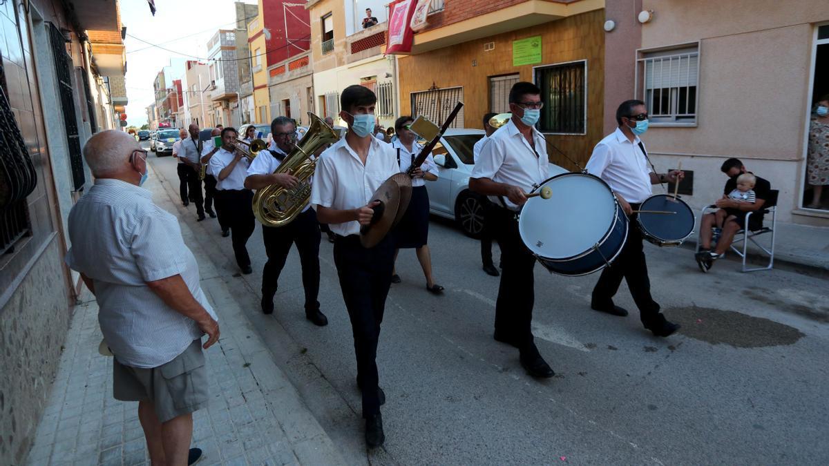Banda del Palmar, en la primera cercavila després del confinament.