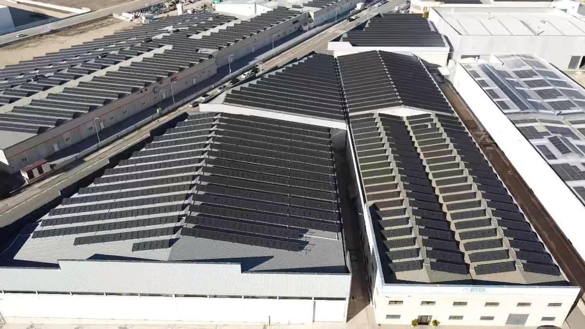 La solución smart de SolarEdge permite reducir al mínimo los costes energéticos de las empresas