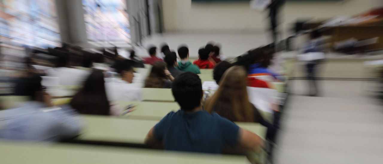 Examen en la Universidad de Oviedo
