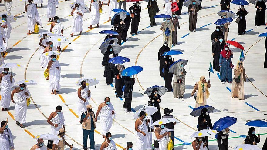 Restricciones en el peregrinaje a La Meca y sin poder tocar la Kaaba