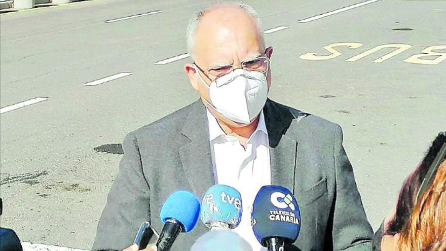 Curbelo exige la recuperación del vuelo diario con Gran Canaria