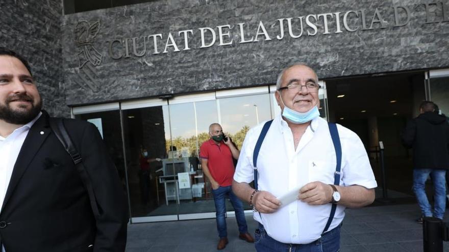 La Audiencia absuelve a los 34 acusados del caso Brugal