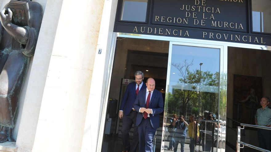 Pedro Antonio Sánchez queda fuera del caso Púnica