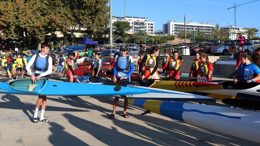 El CN Helios se impone en el Trofeo Ciudad de Zaragoza de piragüismo