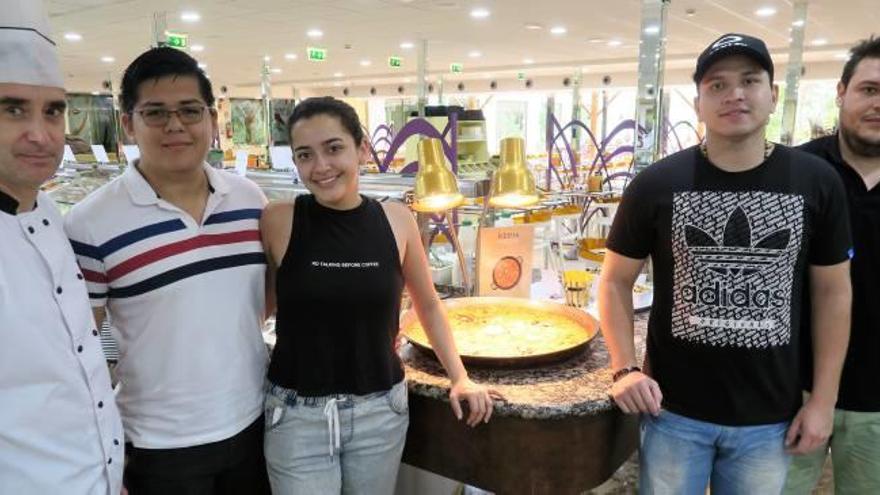 Prácticas culinarias en Servigroup de alumnos de Colombia
