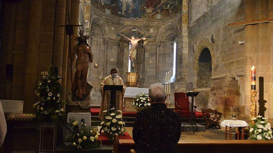 Semana Santa en Benavente: Despedida con la imagen del Resucitado en San Juan y una procesión virtual en Santa María