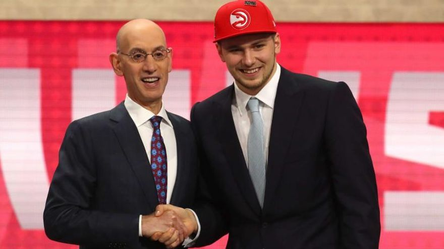 Doncic, número 3 del 'draft', jugará en Dallas Mavericks