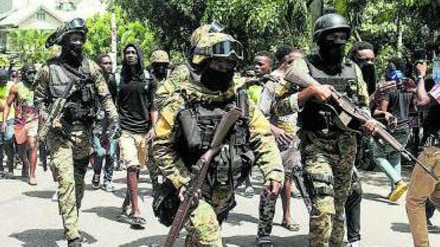 Detinguts 17 mercenaris per la mort del president d'Haití