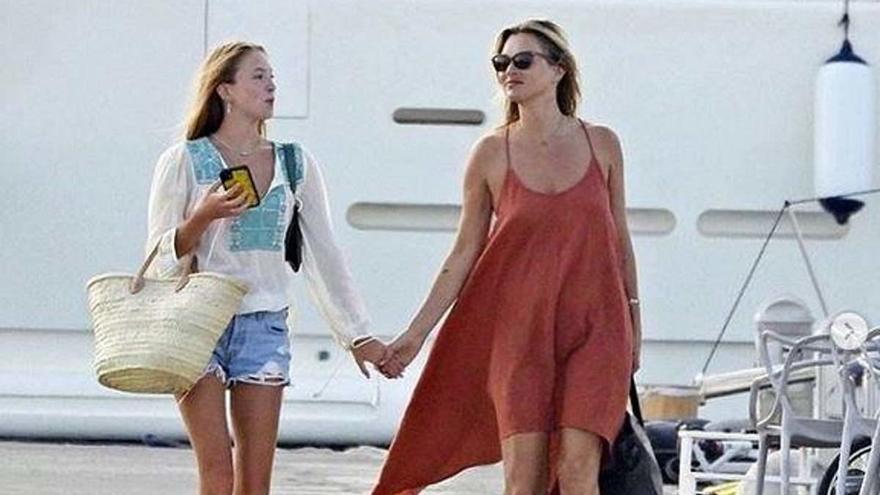 Kate Moss y otros famosos que vuelven a Ibiza
