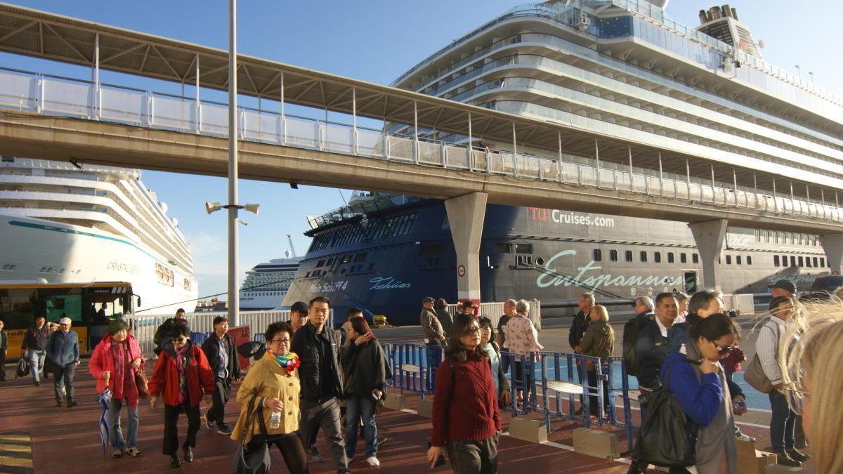 El Puerto de Valencia se ha posicionado como un puerto mediano en el turismo de cruceros.