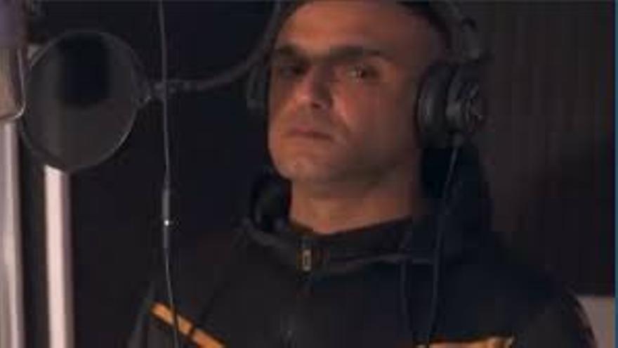 Big Yera, el rapero que lo ha perdido todo bajo la lava lanza un tema para aliento de los palmeros