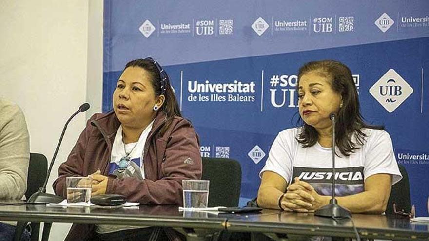 """Madres nicaragüenses en busca de justicia: """"La Policía no investigó la muerte de mi hijo porque fueron ellos"""""""