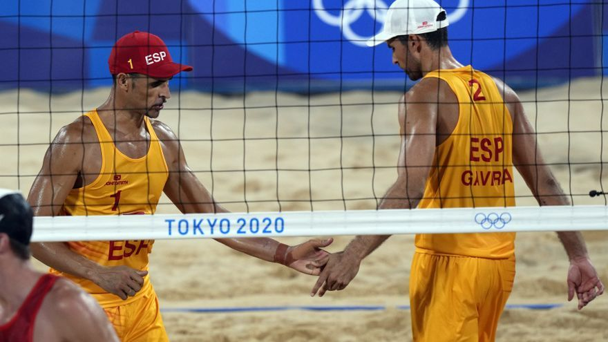 Herrera y Gavira superan a Australia en vóley y siguen vivos en Tokio