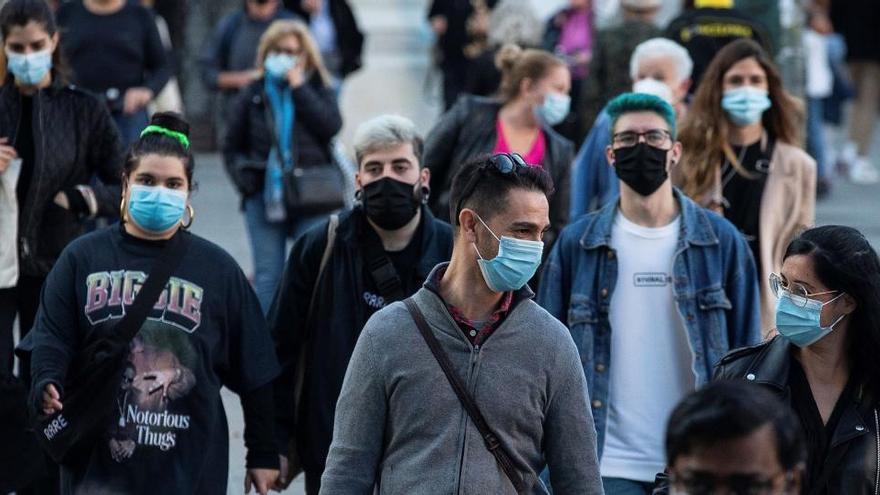 Cataluña alargará 15 días más el toque de queda